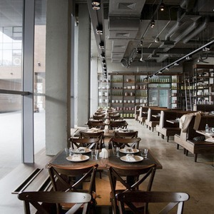 В Месте: Ресторан Black Market — Рестораны на The Village