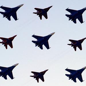 Фоторепортаж: Авиасалон МАКС-2011 — Фоторепортаж на The Village