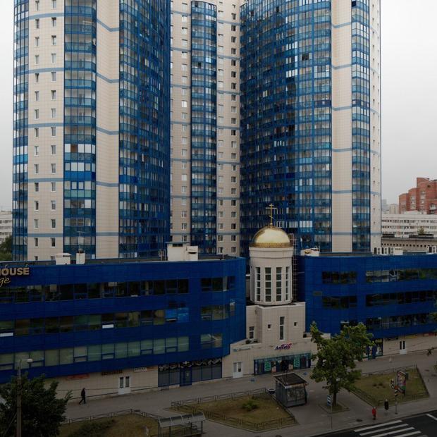 Я живу в новостройке с домовым храмом (Петербург)
