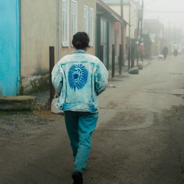 «Я благодарен, что не рос на Кавказе»: Черкес и муфтий смотрят фильм «Теснота» — Глядим оба на The Village