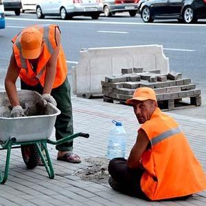 Свежая укладка: как асфальт меняют на плитку в Москве — В городе на The Village