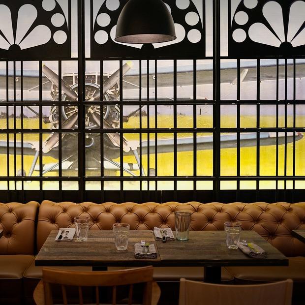 Ресторан и бар «Поехали»