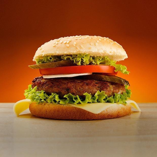 Бигмак, go home: Что заставляло McDonald's уйти из разных стран мира