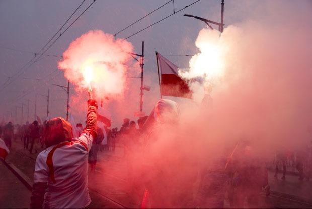 «Нас всех не сжечь»: Как жители Польши боролись за свои дома и проиграли — Иностранный опыт на The Village