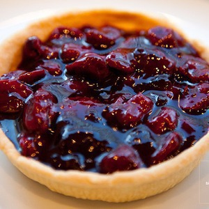 Рецепты шефов: Южный пирог с садовой вишней