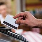 Как безопасно использовать банковскую карту
