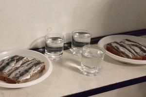 «Целая катастрофа»: Завсегдатаи «Второго дыхания» — о закрытии рюмочной