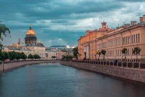 Гид по дождю в Петербурге: Прогнозы, виды и дождевики