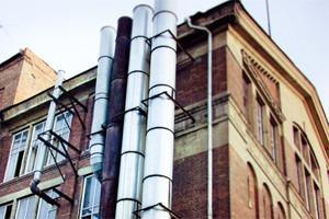 В зоне риска: Корпус фабрики на улице Усачёва