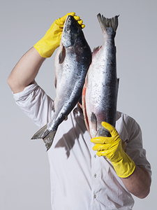 «Свои люди»: Как рыбная лавка преуспела без офлайн-магазина