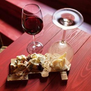 Винный бар prosto vino в «Третьем кластере»