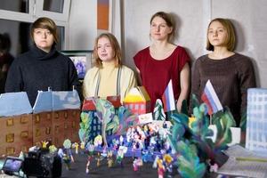 Авторы сериала «Что я здесь делаю?» — о бездомных, Навальном и кукольной анимации