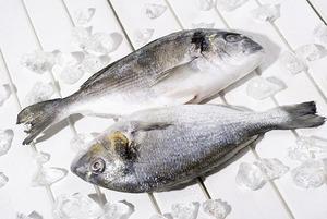 Как отличить размороженную рыбу от охлаждённой