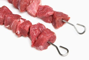 Как правильно замариновать мясо: 5 рецептов