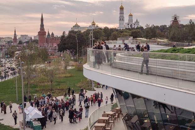 «Зарядье» — главный подарок Путина Москве