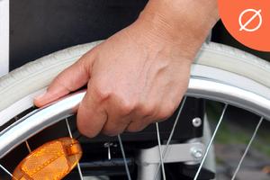 Инвалиды-колясочники —  о жизни в российских городах