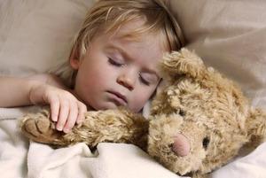 Как наладить здоровый сон ребенка