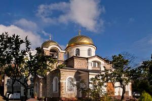 Полное погружение: 10 мест для крещенского купания в Сочи