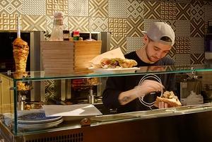 8 новых кафе с необычной шавермой в Петербурге