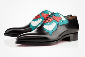 Что надеть: Ботинки Christian Louboutin, футболка Brixton, свитшот J.W. Anderson