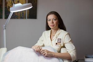 Трихолог Татьяна Цимбаленко — о том, что будет с волосами, если ходить зимой без шапки
