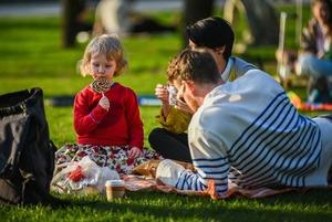 День семьи в «Царицыно», спортивный праздник в «Лужниках» и фестиваль пап в «Музеоне»