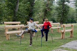 Зачем в парке Чкалова установили скамейки, на которых невозможно сидеть