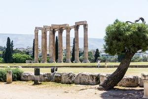 Сколько стоит жизнь в Афинах