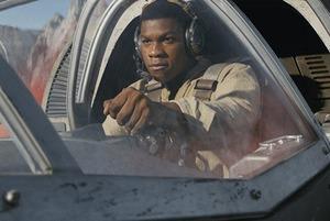 Новые (хорошие!) «Звездные войны» и еще три фильма
