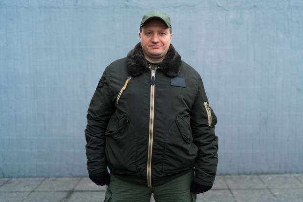 «Много стресса»: Московские охранники — о работе, зарплате и трудностях профессии