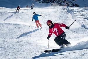 Открытие коворкинга для мам, чемпионат по горным лыжам  и техно от Konsistentsi
