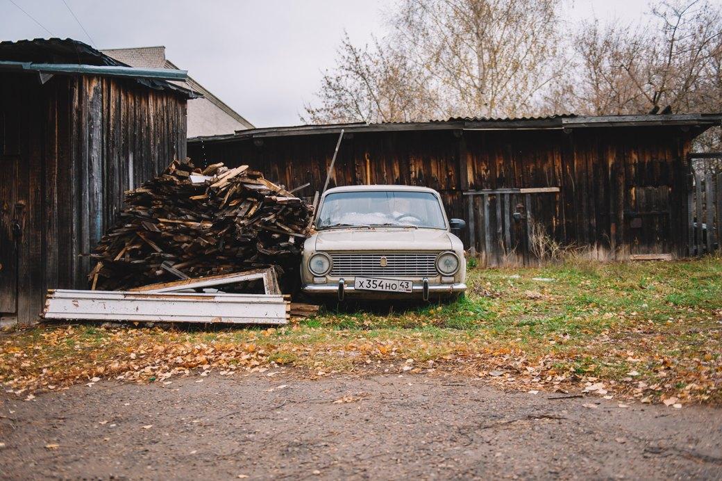 «Хочешь денег? — *** как бессмертный пони»: Что IKEA сделала с кировским посёлком. Изображение № 30.