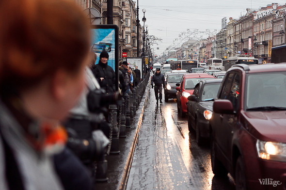 Фоторепортаж: Митинг против фальсификации выборов в Петербурге. Изображение № 4.