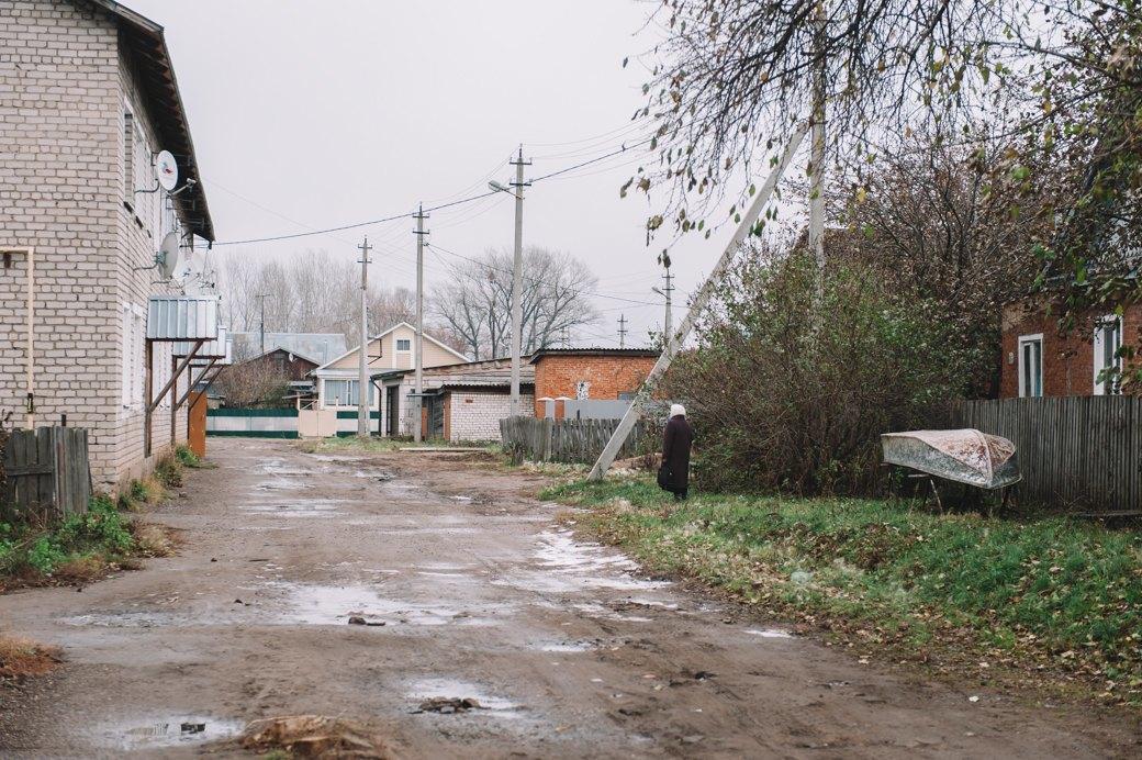 «Хочешь денег? — *** как бессмертный пони»: Что IKEA сделала с кировским посёлком. Изображение № 21.
