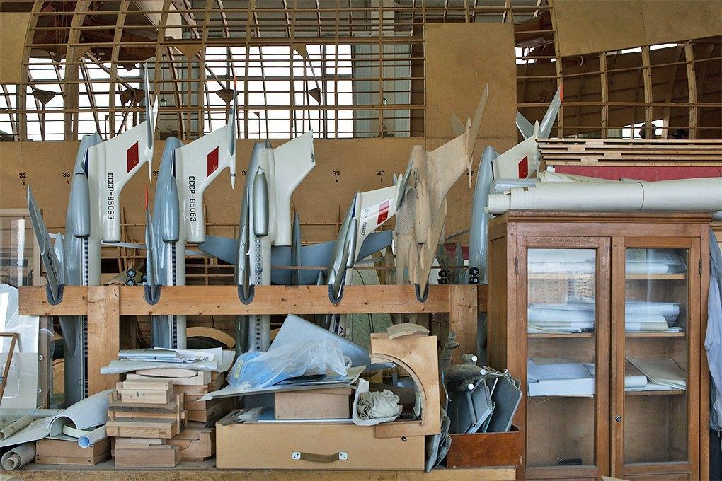 Производственный процесс: Какконструируют самолёты. Изображение № 1.