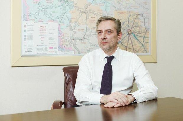 Михаил Хромов оплачевном настоящем ирадужном будущем пригородных электричек. Изображение № 1.