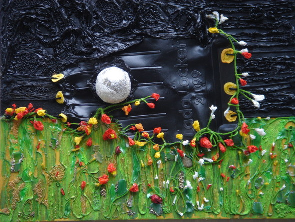 В Mironova Gallery открылась выставка картин из мусора. Изображение № 1.
