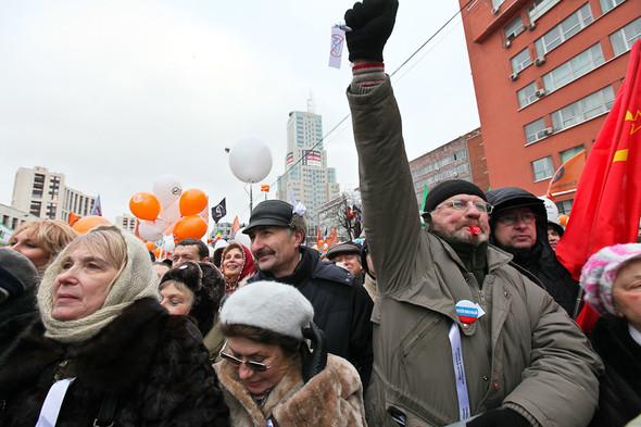 Митинг «За честные выборы» на проспекте Сахарова: Фоторепортаж, пожелания москвичей и соцопрос. Изображение № 44.