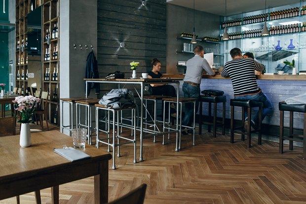 На Пятницкой открылся винный бар Brix II. Изображение № 2.
