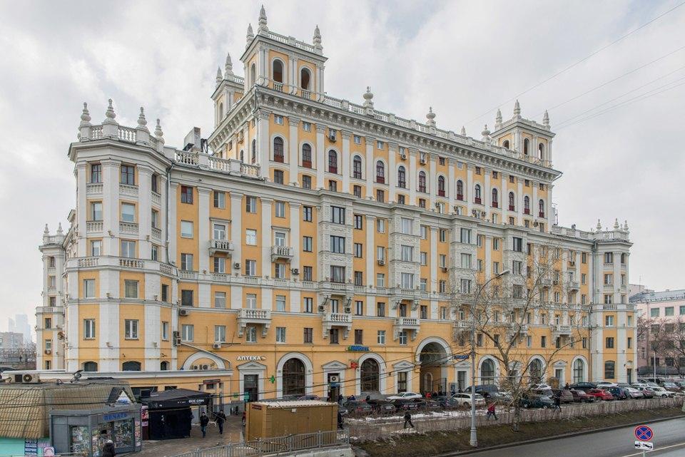 Я живу в «Доме с башенками» уБелорусского вокзала. Изображение № 3.
