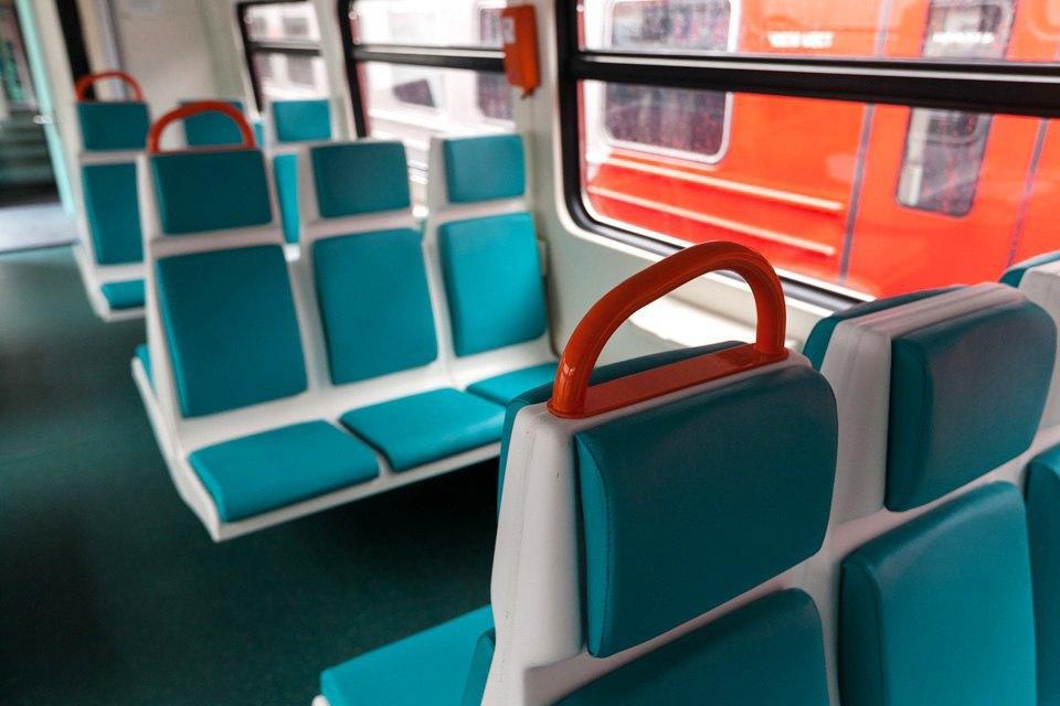 Рельсовый автобус Петербург — Приморск — Выборг. Изображение № 8.