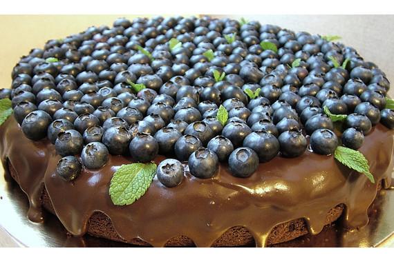 Шоколадный торт. Изображение № 37.