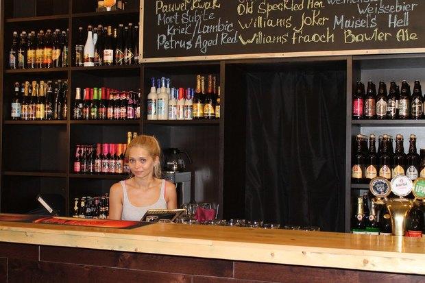 НаПетроградской стороне открыли пивное кафе Breaking Bad. Изображение № 2.