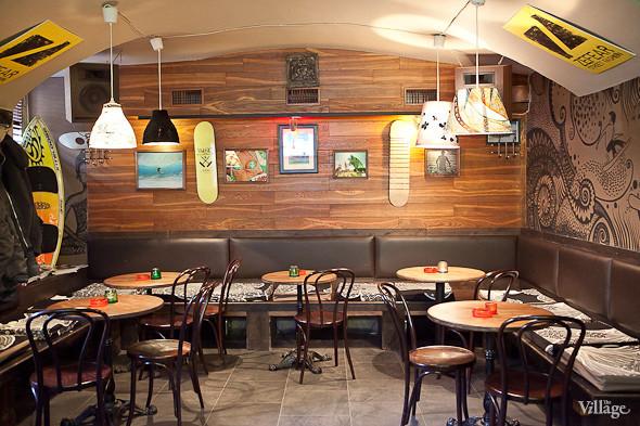 Новое место (Петербург): 360 Riders Bar. Изображение № 4.