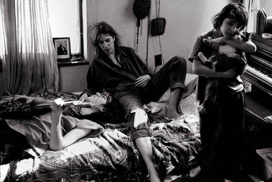 Патти Смит со своими детьми. Изображение № 11.