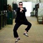 Фоторепортаж: Gangnam Style и зарядка на Дворцовой площади. Изображение № 1.