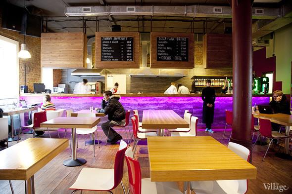 Общая кухня: Кафе-бар Iskra, кафе «Молоко», Genius Bar и Cafe Brocard на «Флаконе». Изображение № 1.