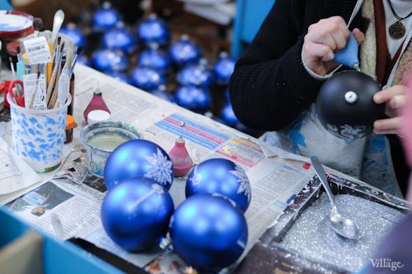 Сплошное надувательство: Фабрика елочных игрушек изнутри. Изображение № 25.