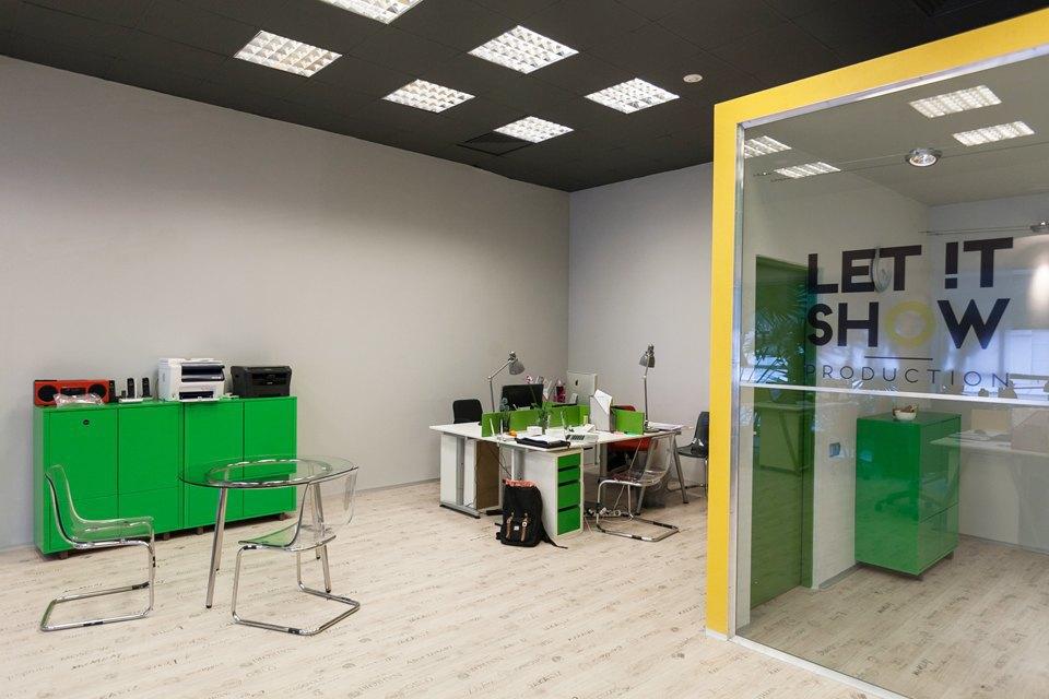 Офис Let It Show Production в ДК Ленсовета. Изображение № 17.