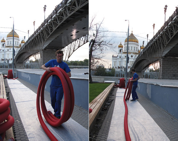 """Себастьян Виринк монтирует инсталляцию на """"Стрелке"""". Изображение № 9."""